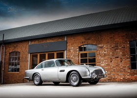Aston Martin DB5 de James Bond en venta (4)