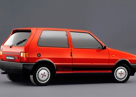 Coches míticos Fiat Uno Turbo ie (1)