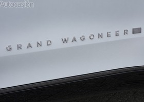 Jeep Grand Wagoneer Concept