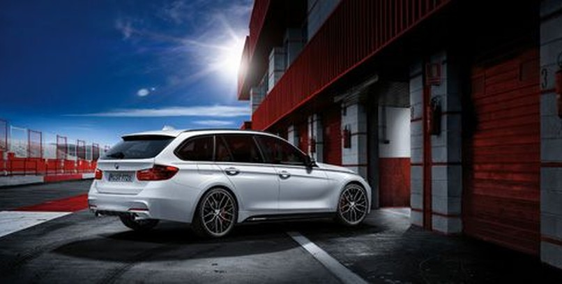 BMW 320d Touring con kit M Performance Power