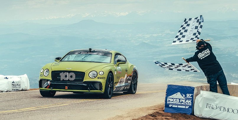 El Bentley Continental GT bate el récord del Pikes Peak