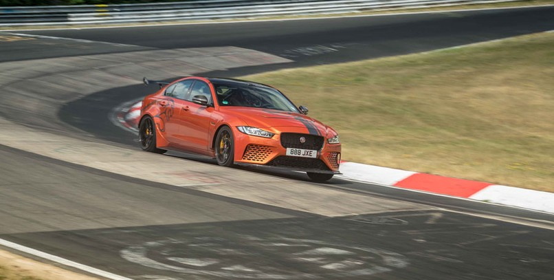 VÍDEO | Jaguar XE SV Project 8: la berlina más rápida en Nürburgring