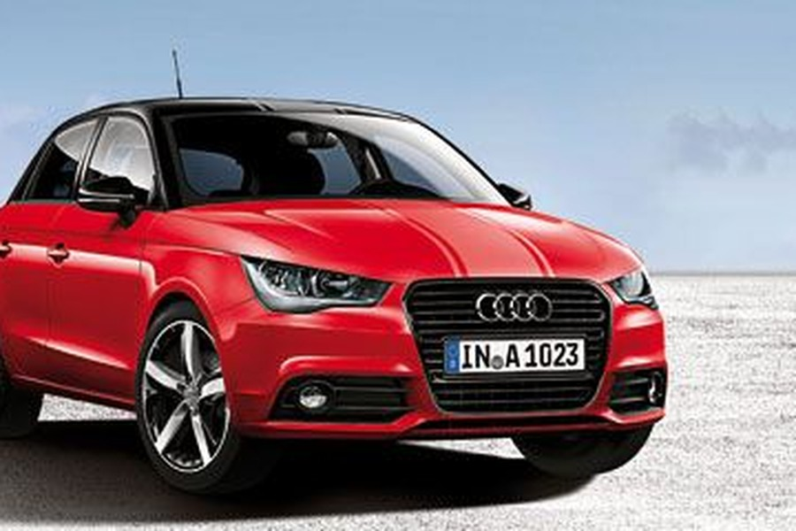 Audi A1 Amplified Red Y Audi A1 Amplified White