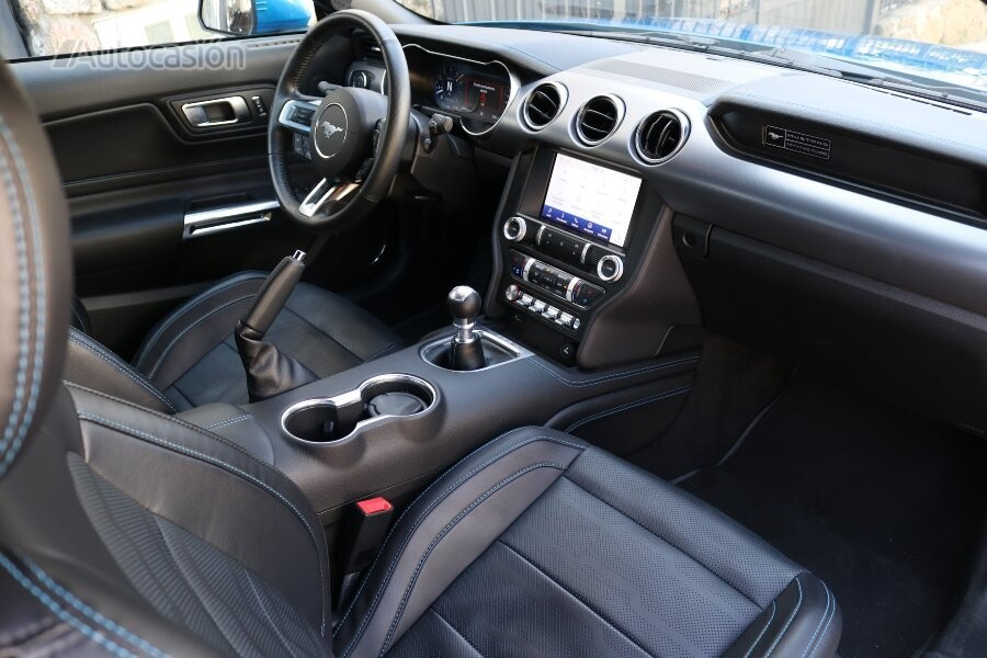 Ford Mustang Fastback GT 2021 interior